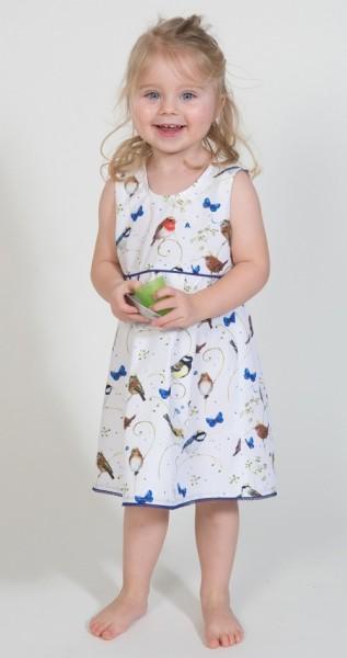 Kinderkleid aus Baumwolle mit kleinen Vögelchen
