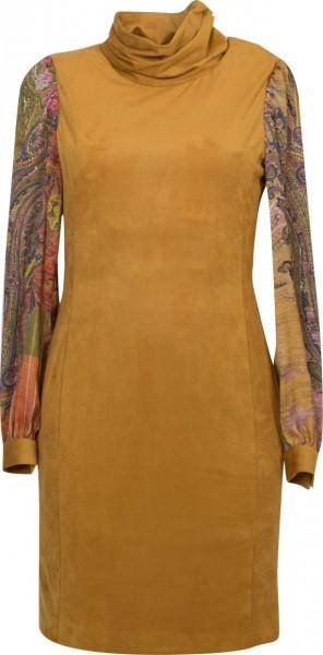 Gelbes Rollkragenkleid mit farbigen Ärmeln
