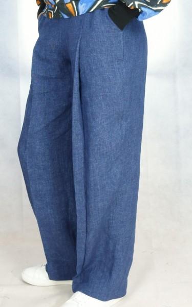 Hose mit Falte aus Jeansstoff