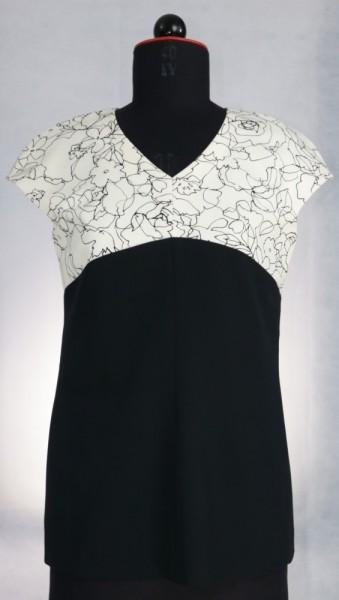 Bluse in schwarz-weiß Optik