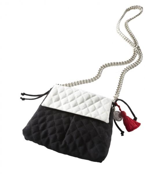 schwarz-weiße, gesteppte Umhängetasche