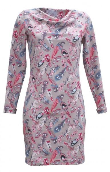 Jerseykleid aus einem mit bunten Federn bedrucktem beige grundigen Stoff.