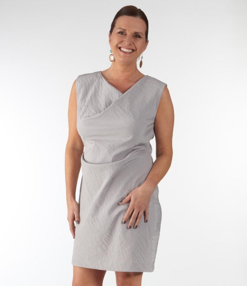 Schnittmuster Kleid mit zwei Falten | Zwischenmass-Schnittmuster ...